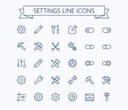 Mettendo linea sottile mini icone messa griglia 24x24 Pixel perfetto Colpo editabile Fotografia Stock