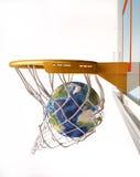 Mettez à la terre le globe centrant le panier, vue en gros plan. Images libres de droits