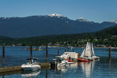 Mettez en communication le Canada déprimé - 28 mai 2017, Rocky Point Spray Park, activités de sport de voilier Images libres de droits