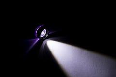 Mettez en marche la lampe-torche photographie stock
