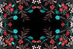 Mettez en place les fleurs et les herbes - une composition décorative sur la soie batik Composition décorative sur un fond blanc  Illustration Stock