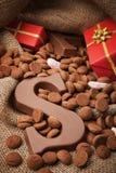 Mettez en sac avec des festins, pour des vacances néerlandaises traditionnelles 'Sinterklaas' images stock