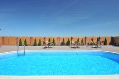 mettez la natation en commun photos stock