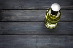 Mettez le paquet en bouteille du parfum gris de Bottled de PATRON pour les hommes par Hugo Boss photo libre de droits