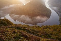 Mettlach - Saar Loop bei Sonnenaufgang Lizenzfreie Stockbilder