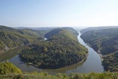 Mettlach (Saarland, Tyskland) - Saar Loop Royaltyfri Fotografi