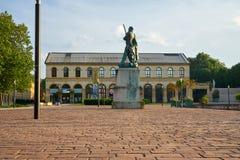 Metz/Grootst/Frankrijk/Juni 2018: Een Militair Statue Stands In voor royalty-vrije stock afbeelding