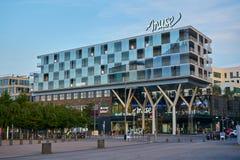 Metz/Tusen dollar-Est/Frankrike/Juni 2018: Musan är en köpcentrum av 37 000 m2 som lokaliseras i Metz i avdelningen av Moselle, d royaltyfri bild