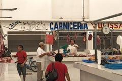 Metzger im Mercado Ignacio Manuel Altamirano, Chetumal, Mexiko stockfotos
