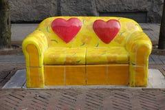 Meubles de rue jaunes Images libres de droits