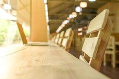 Meubles en bois à l'arrière-plan d'espace de travail Photos stock
