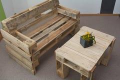 Meubles rustiques de salon - Upcycling Images stock