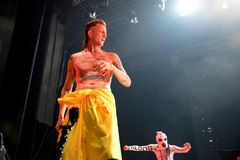 Meurent la bande d'éloge de coup sec et dur d'Antwoord exécute au festival de sonar Photographie stock libre de droits