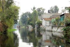 Mexicaans waterdistrict van Xochimilco Stock Foto's
