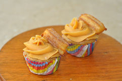 Mexicaanse churros cupcakes Royalty-vrije Stock Afbeelding