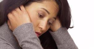 Mexicaanse die vrouw met spanning wordt overweldigd Stock Fotografie