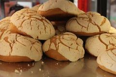 Mexicaanse Gebakjes met Wit Suikerglazuur stock afbeeldingen