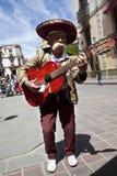 Mexicaanse gitaarmusicus op de straten van Guan Royalty-vrije Stock Afbeelding