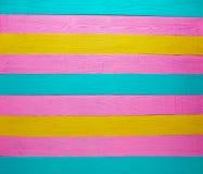Mexicaanse houten groene roze geel als achtergrond stock afbeelding