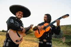 Mexicaanse musicimariachi stock foto