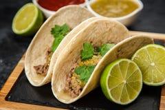 Mexicaanse taco's met rundvlees Royalty-vrije Stock Afbeeldingen