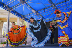 Mexican dancing at the famous Cinco de Mayo Festival Royalty Free Stock Photos