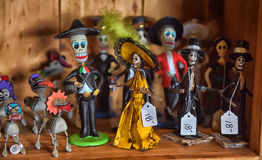 Mexican figurines with skulls Royalty Free Stock Photography