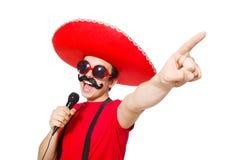 Mexicano divertido con el mic aislado Foto de archivo
