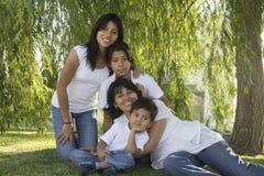 Mexicansk familj 5 royaltyfri fotografi