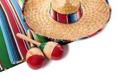 Mexicansk filt och sombrero Fotografering för Bildbyråer