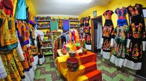 Mexicansk traditionell klänning i Oaxaca, Mexico Royaltyfri Fotografi