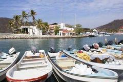 Mexicanska fartyg för semesterortstad Arkivfoton