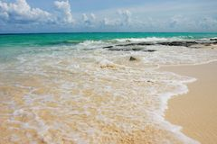 Mexico Beach. White sandy beach with aqua marine ocean waters in Mexico Stock Images