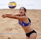 Mexico för strandvolleybollkvinna boll Arkivfoton