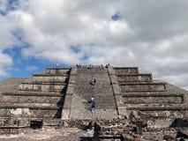 mexico Piramidi di Teotihuacan Piramide della luna Immagini Stock Libere da Diritti