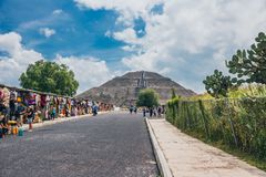 MEXICO - SEPTEMBER 21: Local stores on the way to the Pyramid of the Sun in Teotihuacan. September 20, 2017 in Teotihuacan, Mexico Royalty Free Stock Image