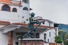 MEXICO - SEPTEMBER 22: Standbeeld van een mijnwerker bij de ingang van Taxc royalty-vrije stock afbeelding