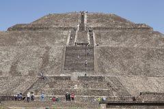 Teotihuacan pyramider i Mexico Arkivbild