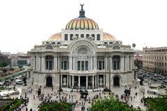 Mexico - stad, Mexico - 2012: Palacio de Bellas Artes (slott av konster) royaltyfria foton