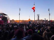 Mexico - stad - Zocalo första AMLO anförande som en president arkivfoton