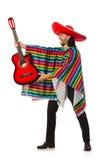 Mexikan i den hållande gitarren för livlig poncho som isoleras på arkivbilder