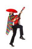 Mexikan i den hållande gitarren för livlig poncho som isoleras på arkivfoto