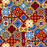 Mexikanen stiliserade talavera belägger med tegel den sömlösa modellen i blå rött och gult, vektor Royaltyfri Foto