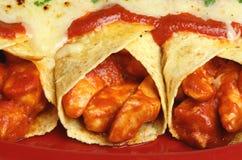 Mexikanische Nahrung, Hühnerenchiladas Stockfoto