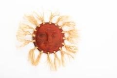 Mexikanische traditionelle keramische glückliche Sonnenplatte lokalisiert auf Weiß Lizenzfreie Stockfotos