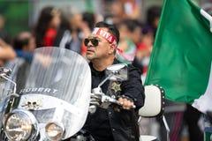 Mexikanische Unabhängigkeits-Parade lizenzfreie stockfotos