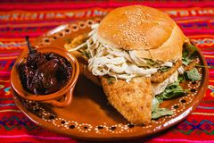Mexikanisches Lebensmittel cemita poblana Mexiko-Brot Stockbilder
