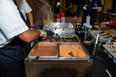 Mexikanisches Lebensmittel unterwegs gedient Stockbild