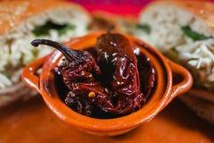 Mexikansk mat kryddiga Mexiko - stad för chilichipotle royaltyfri foto