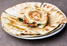 mexikanska quesadillas Arkivbilder